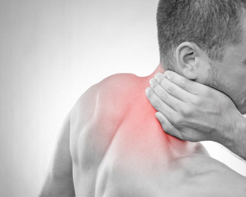 nackenschmerzen-mann