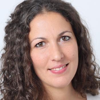 Dr. Mina Roschanzamir